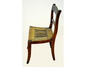Židle. Stav před restaurováním.