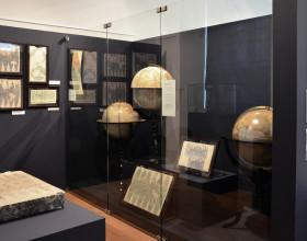 Výstava Fenomén Felkl. Proslulá továrna na výrobu glóbů