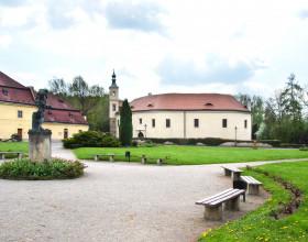Zámek a zámecký park